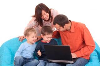 La actitud de los padres ante el uso de Redes Sociales por parte de los hijos