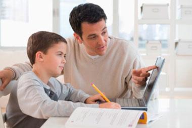 Video: ¿Cómo cuidar a mis hijos cuando navegan en Internet?