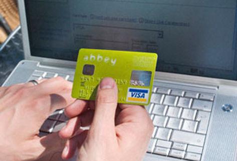 Fiestas de fin de año: Cuidado con las estafas en Internet