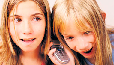 5 consejos para que tu hijo use un celular de forma segura y responsable